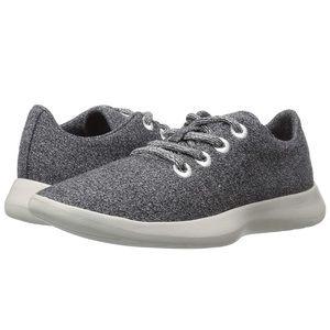 BNWT, still in the box Steve Madden wool sneakers!